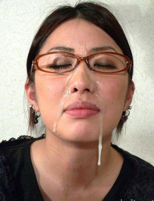 【画像】知的で綺麗なお姉さんの眼鏡にぶっかける達成感は異常www 32枚 No.19