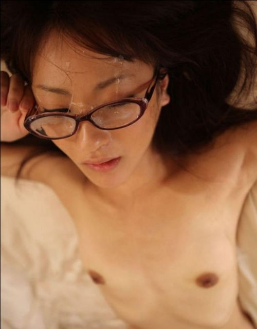 【画像】知的で綺麗なお姉さんの眼鏡にぶっかける達成感は異常www 32枚 No.21