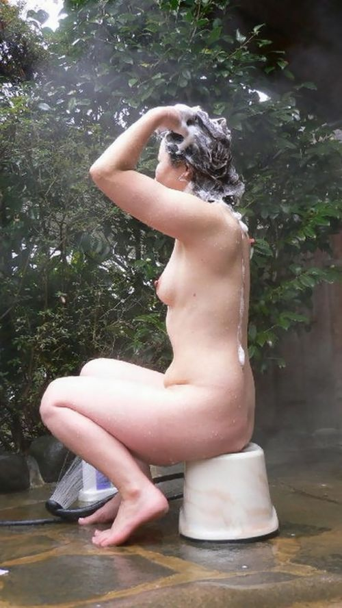 お風呂で髪の毛を洗う女の子を盗撮した洗髪エロ画像 43枚 No.8