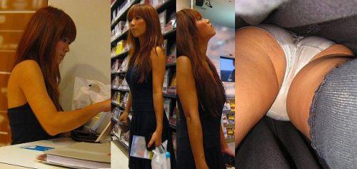 職場で働いてる最中の女性をローアングルから逆さ撮りしたエロ画像 34枚 No.10