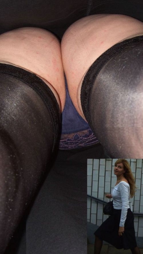 パンストを履いたグラマラス外国人女性のパンチラ逆さ撮り画像 37枚 No.15