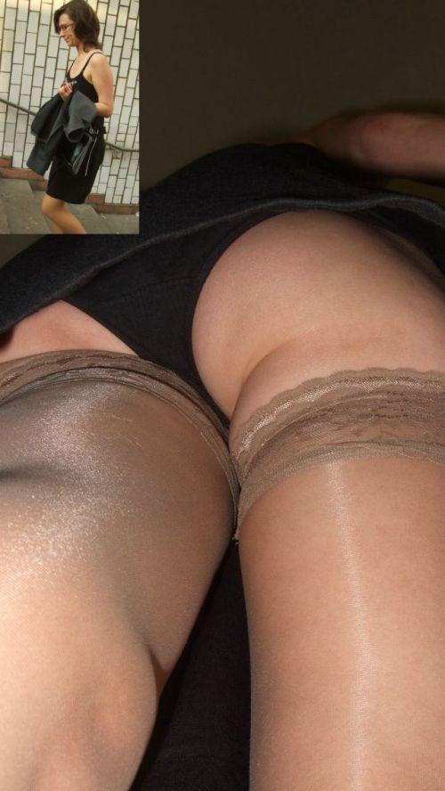 パンストを履いたグラマラス外国人女性のパンチラ逆さ撮り画像 37枚 No.31