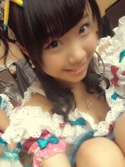 【画像】AKB48メンバーのお宝ハプニング胸チラ全力で集めたったwww 37枚 No.31