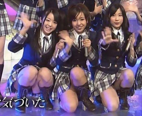 AKB48グループメンバーのTVパンチラ総選挙!お宝ハプニングエロ画像 41枚 No.6