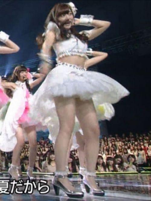 AKB48グループメンバーのTVパンチラ総選挙!お宝ハプニングエロ画像 41枚 No.17