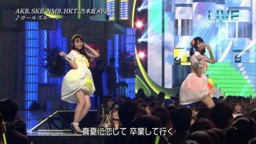 AKB48グループメンバーのTVパンチラ総選挙!お宝ハプニングエロ画像 41枚 No.35