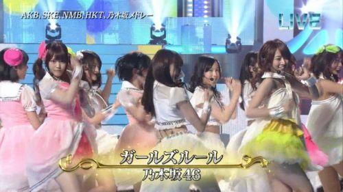 AKB48グループメンバーのTVパンチラ総選挙!お宝ハプニングエロ画像 41枚 No.40