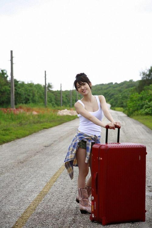 大島優子のおひさまのような笑顔と胸チラと太もものエロ画像 177枚 No.8