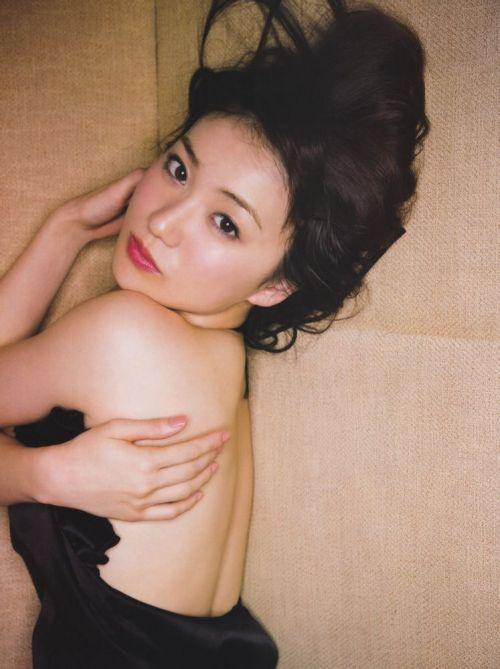 大島優子のおひさまのような笑顔と胸チラと太もものエロ画像 177枚 No.11