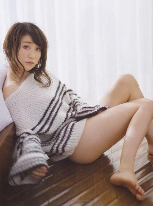 大島優子のおひさまのような笑顔と胸チラと太もものエロ画像 177枚 No.16