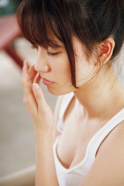大島優子のおひさまのような笑顔と胸チラと太もものエロ画像 177枚 No.17