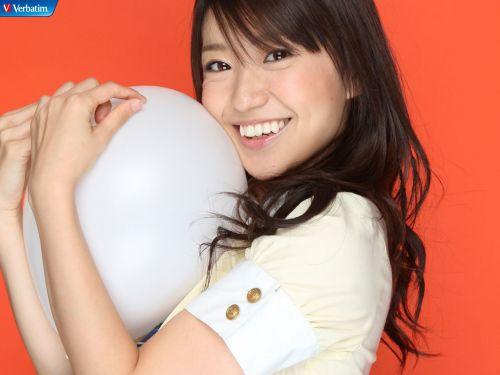 大島優子のおひさまのような笑顔と胸チラと太もものエロ画像 177枚 No.18