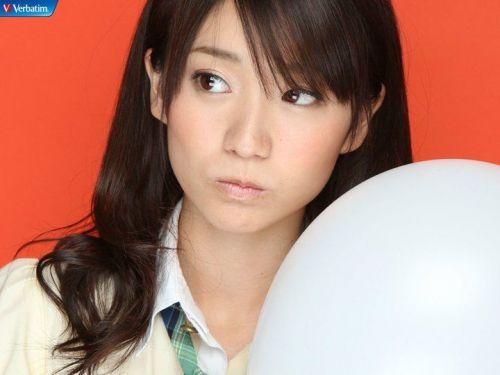 大島優子のおひさまのような笑顔と胸チラと太もものエロ画像 177枚 No.22