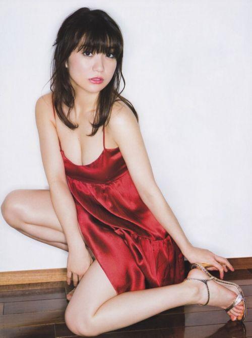 大島優子のおひさまのような笑顔と胸チラと太もものエロ画像 177枚 No.33