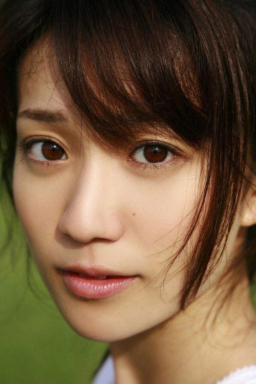 大島優子のおひさまのような笑顔と胸チラと太もものエロ画像 177枚 No.45
