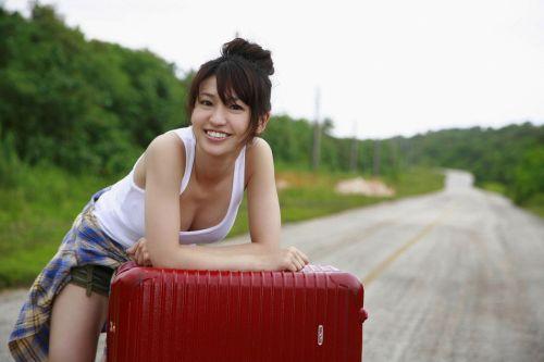 大島優子のおひさまのような笑顔と胸チラと太もものエロ画像 177枚 No.51