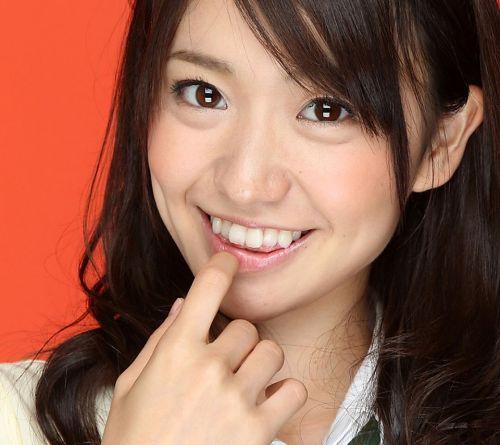 大島優子のおひさまのような笑顔と胸チラと太もものエロ画像 177枚 No.56