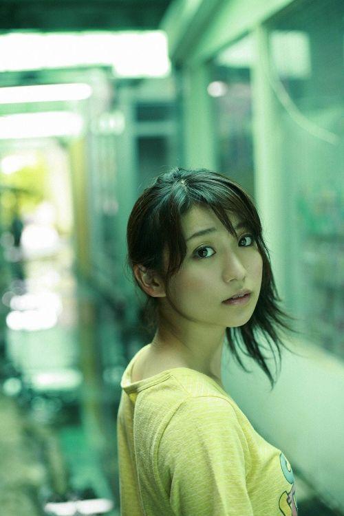 大島優子のおひさまのような笑顔と胸チラと太もものエロ画像 177枚 No.60