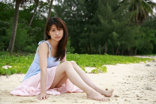 大島優子のおひさまのような笑顔と胸チラと太もものエロ画像 177枚 No.61