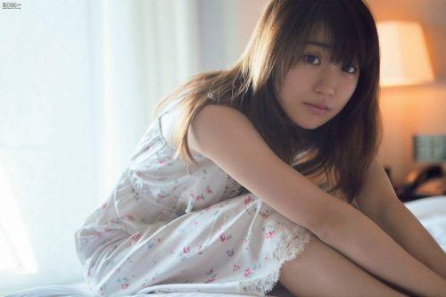 大島優子のおひさまのような笑顔と胸チラと太もものエロ画像 177枚 No.74