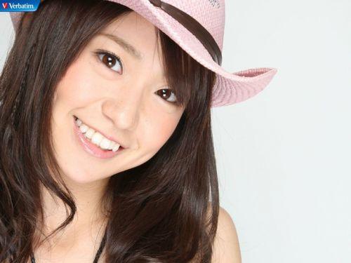 大島優子のおひさまのような笑顔と胸チラと太もものエロ画像 177枚 No.81