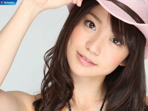 大島優子のおひさまのような笑顔と胸チラと太もものエロ画像 177枚 No.101
