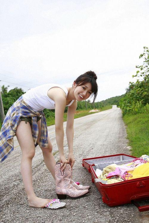 大島優子のおひさまのような笑顔と胸チラと太もものエロ画像 177枚 No.103