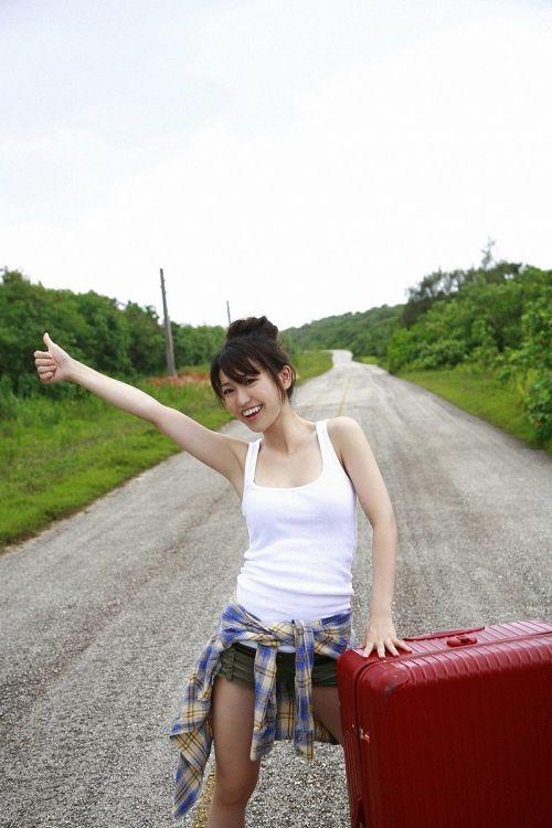 大島優子のおひさまのような笑顔と胸チラと太もものエロ画像 177枚 No.108