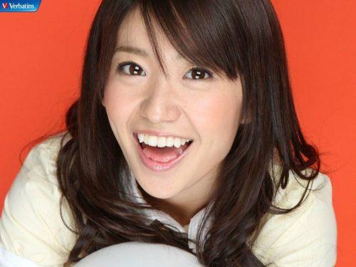 大島優子のおひさまのような笑顔と胸チラと太もものエロ画像 177枚 No.127