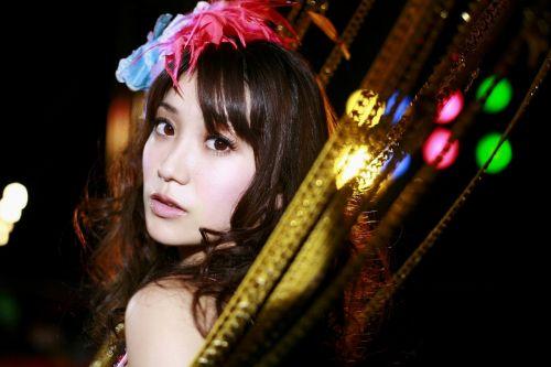 大島優子のおひさまのような笑顔と胸チラと太もものエロ画像 177枚 No.131
