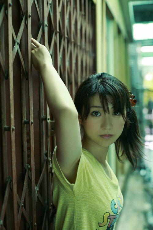 大島優子のおひさまのような笑顔と胸チラと太もものエロ画像 177枚 No.132
