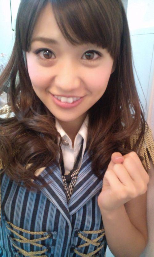 大島優子のおひさまのような笑顔と胸チラと太もものエロ画像 177枚 No.151