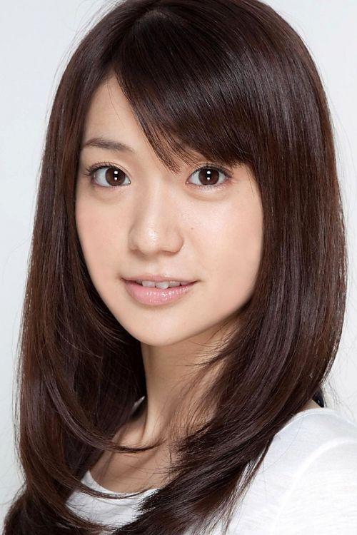 大島優子のおひさまのような笑顔と胸チラと太もものエロ画像 177枚 No.152