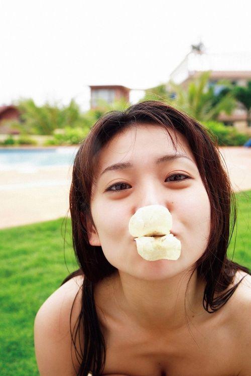 大島優子のおひさまのような笑顔と胸チラと太もものエロ画像 177枚 No.177