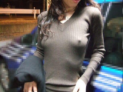 可愛い女の子がノーブラで乳首ポッチで透け透けなエロ画像 34枚 No.1
