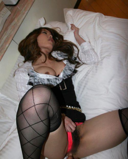 エロい黒ストッキングの美女が正常位セックスでイっちゃうエロ画像 31枚 No.9