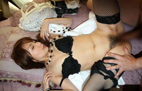 エロい黒ストッキングの美女が正常位セックスでイっちゃうエロ画像 31枚 No.19