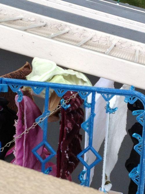 下着フェチの楽園!パンティやブラジャーの洗濯物盗撮エロ画像 34枚 No.25