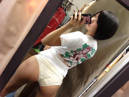 【エロ画像】ケツデカアイドル倉持由香の腰回りの食い込みがけしからんwww 113枚 No.26