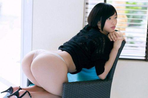 【エロ画像】ケツデカアイドル倉持由香の腰回りの食い込みがけしからんwww 113枚 No.54