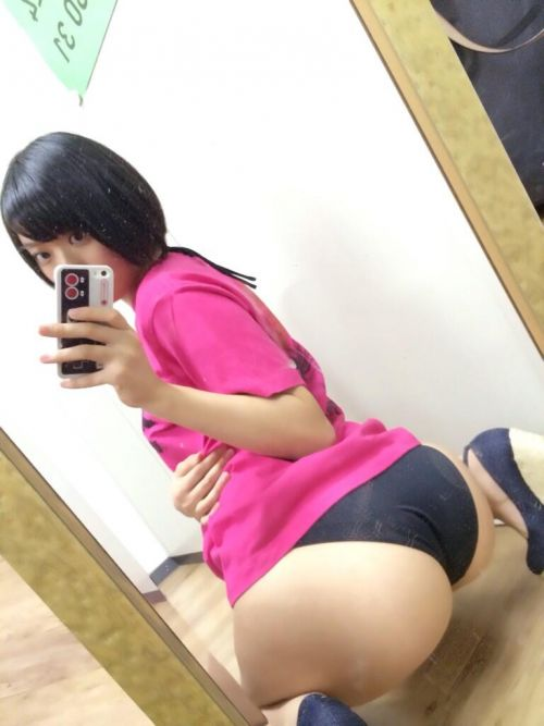 【エロ画像】ケツデカアイドル倉持由香の腰回りの食い込みがけしからんwww 113枚 No.86