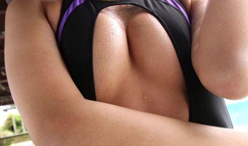 【エロ画像】ケツデカアイドル倉持由香の腰回りの食い込みがけしからんwww 113枚 No.103