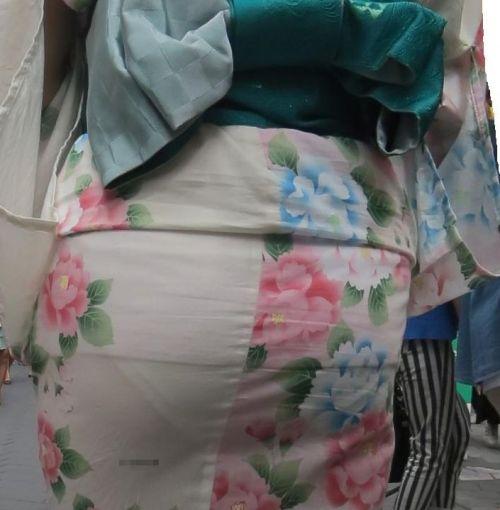 パンツ大漁!浴衣から透けちゃうパンチラ盗撮エロ画像 42枚 No.6