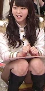 AKB48メンバーがコンサートや劇場でパンチラしちゃうお宝エロ画像 51枚 No.4