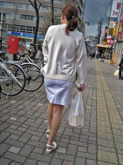 パンティの柄まで透けちゃうナース服を着た看護師を盗撮したエロ画像 32枚 No.28