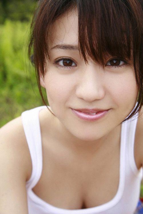 【画像】大島優子の出し惜しみが全くない手ブラやビキニがクッソ抜けるwww 112枚 No.35