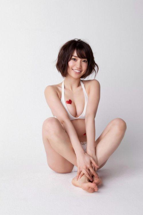【画像】大島優子の出し惜しみが全くない手ブラやビキニがクッソ抜けるwww 112枚 No.49