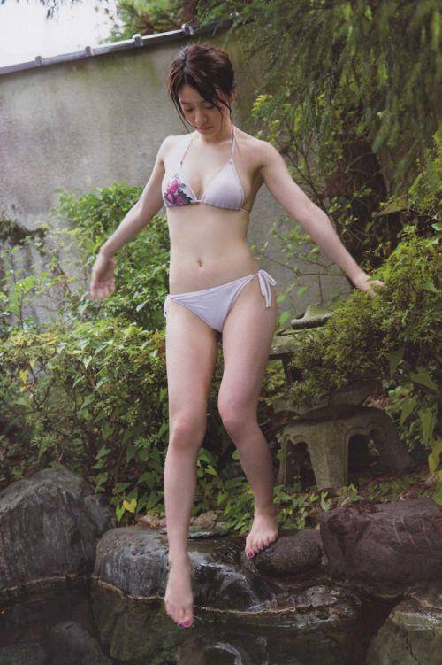 【画像】大島優子の出し惜しみが全くない手ブラやビキニがクッソ抜けるwww 112枚 No.71