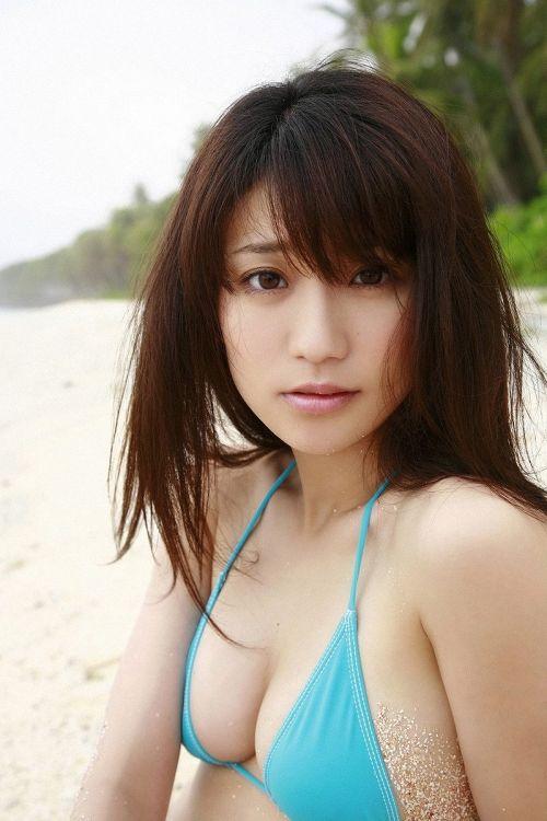 【画像】大島優子の出し惜しみが全くない手ブラやビキニがクッソ抜けるwww 112枚 No.78