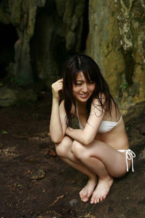 【画像】大島優子の出し惜しみが全くない手ブラやビキニがクッソ抜けるwww 112枚 No.111